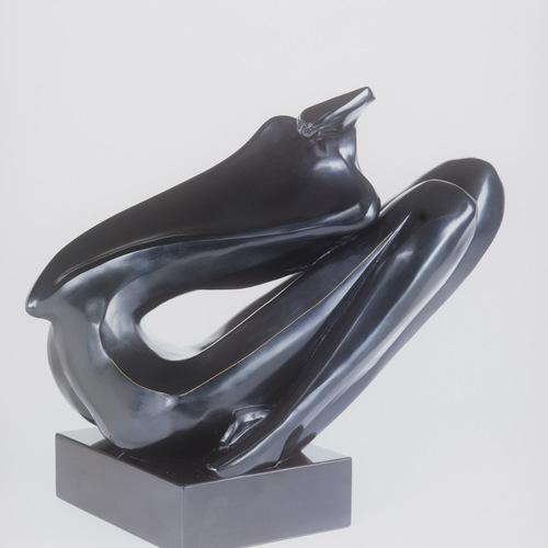 Thumb titre  essor anne e de cre ation  1988 dimensions  23 x 33 x 17 cm matie re  bronze prix  50 000