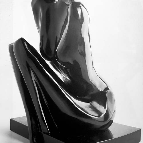 Thumb titre  invocation anne e de cre ation  1989 dimensions  54 x 29 x 31 cm matie re  bronze prix  75 000