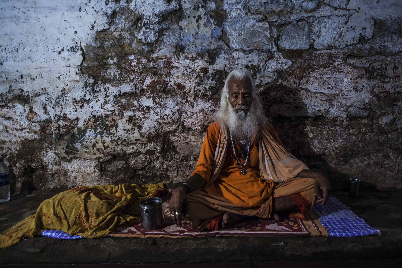 Large varanasi  india 2013 8