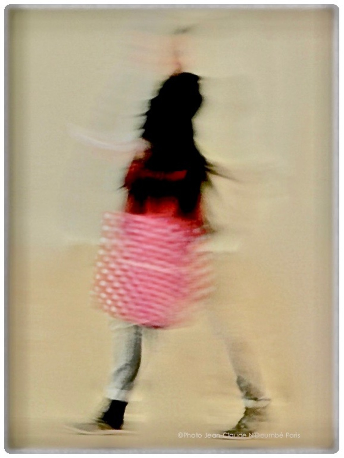 Large  miss shopping  paris2017  tirage pro pigmentaire baryte hahnemuhle  cadre nielsen bois noir  40x50  passe partout fenetre 24x36  450
