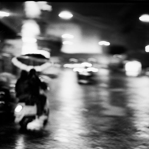 Thumb frederic bien vespa et parapluie naples ita 2013 trix400 22