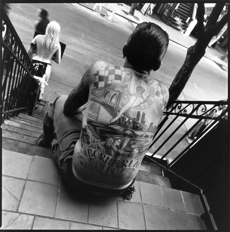 Large tatoue de dos