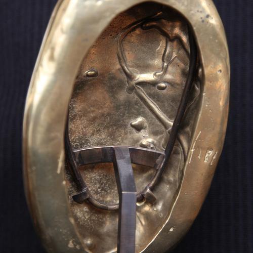 Thumb femme galet 4 2008 bronze avec socle 15x20 2 5kg